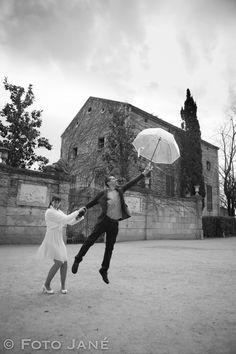 © FOTO JANÉ - Ideas fotografía bodas Louvre, Building, Wedding, Travel, Ideas, Wedding Pictures, Valentines Day Weddings, Viajes, Buildings