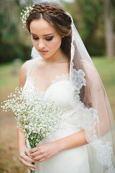 """Jaclyn Jordan """"Jessica"""" chantilly lace veil"""