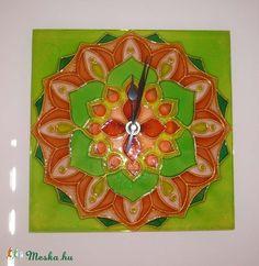 mandala wall clock  Mandala - zöld, barack-színű virág mandala - egyedi festett üvegóra (Boriboszi) - Meska.hu