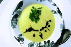 Selymes cukkinikrémleves: mutatós fogás 15 perc alatt - Receptek | Sóbors Naan, Quiche, Eggs, Pudding, Breakfast, Ethnic Recipes, Desserts, Food, Yogurt