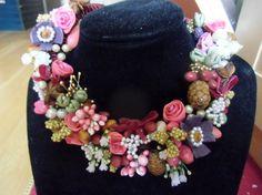 PROFUMI NATALIZI collana tipo tirolese con fiorellini, anice stellata, cannella fiori di garofano di PaTrieste su Etsy