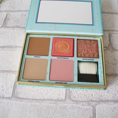 NEW Benefit Cheek Parade Palette Review and Swatches