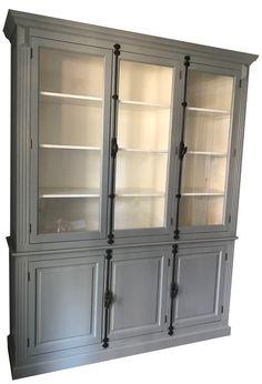 My armoire makeover painting it navy kersen hale navy en kasten - Klassieke chique meubels ...