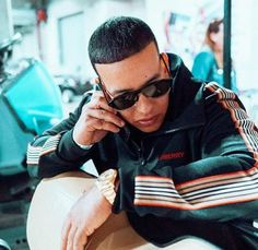 Daddy Yankee, Puerto Rican Singers, King Of Kings, Puerto Ricans, Record Producer, Gorgeous Men, Make Me Smile, Rapper, Actors