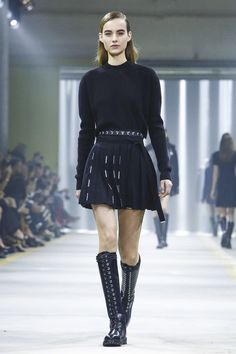 Diesel Black Gold Fashion Show Ready to Wear Collection Fall Winter 2016 in Milan