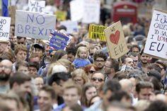 Des milliers de personnes manifestent à Londres contre le Brexit