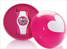 Pocketbook - Lifestyle blog: GIFT IDEAS FOR HER/HIM #swatch