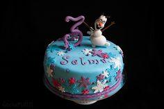 Frost frozen cake tårta olaf snow birthday födelsedagstårta frosttårta ⭐sockerlinn.se⭐
