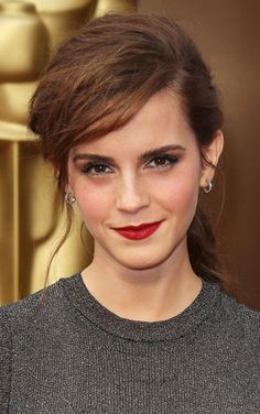 Which Scarlet Red Lipstick is Emma Watson wearing at Oscars 2014