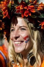 Resultado de imagem para mulheres holandesas