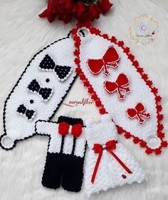 Diy And Crafts, Daisy, Christmas Ornaments, Knitting, Boleros, Pearls, Cases, Wedding, Amigurumi