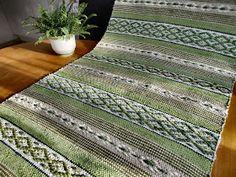Min hobby: Grönt är skönt... Weaving Patterns, Loom, Carpet, Contemporary, Rag Rugs, Inspiration, Beautiful, Home Decor, Rugs