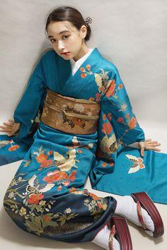 Fashion Tips Design mix # # # # # # Japanese Costume, Japanese Kimono, Japanese Girl, Japanese Fabric, Ethnic Fashion, Kimono Fashion, Korean Fashion, Fashion Dresses, 2000s Fashion