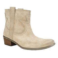 Lucky Brand Terra Western Short Boot | from Von Maur #VonMaur #FallFootwear #Boots