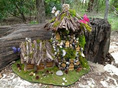 fairy houses | Any fairy sightings in your neck of the woods? :-)
