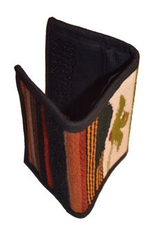 El Quetzal men's walletTribal Men's Tri-Folded Wallet by IKALA