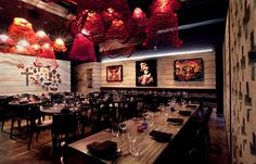 With the rich iconography of the 'dia de los muertos' as an aesthetic backdrop and a selection of regional cuisine, Señoritas offers an authentic Mexican experience.