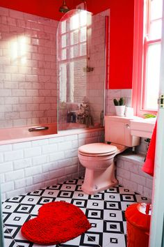 Amy& pink and marble bathroom with black and white tiles, green houseplants and brass accents. Bathroom Red, Small Bathroom, Lavender Bathroom, Marble Bathrooms, Bathroom Cabinets, Red Bathrooms, Barn Bathroom, Bathroom Carpet, Bathroom Accents