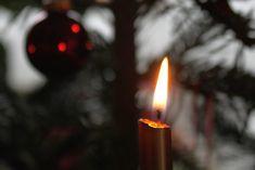 Tipps für einen nachhaltig entspannten Weihnachtsabend. #energieleben #wienenergie #weihnachten #nachhaltigkeit #weihnachtsabend #zerowaste Birthday Candles, Joy, Zero Waste, Rice, Sustainability, Weihnachten, Life, Tips, Happiness