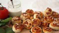 Pizzasnurrer Baked Potato, Potatoes, Baking, Ethnic Recipes, Food, Potato, Bakken, Essen, Meals