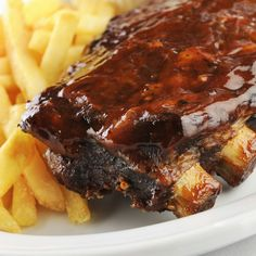 This oven roasted BBQ ribs recipe is likely one of the easiest you will find. It is just ribs, salt and pepper and your favorite flavor sauce. You just bake them low and slow. Oven Roasted BBQ Ribs Recipe from Grandmothers Kitchen. Curry Recipes, Pork Recipes, Fall Recipes, Wine Recipes, Cooking Recipes, Bbq Ribs, Pork Ribs, Barbecued Ribs, Baked Corn On The Cob Recipe