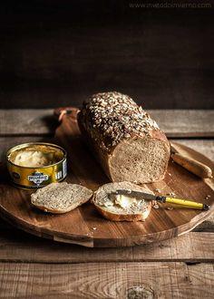 Pan de molde con centeno, con mezcla de harina de centeno y trigo. Explicaciones claras de la elaboración con consejos y fotos paso a paso