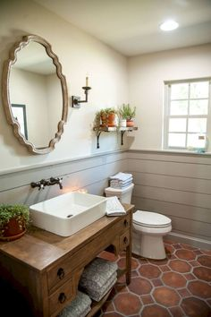 Cool small master bathroom remodel ideas (11)