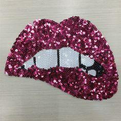 2 pcs 24*18 cm Rose Red Lantejoulas Lábios Patches Para Acessórios de Vestuário Bordado de Ferro Em Patch Para O Vestuário DIY Motivo Applique