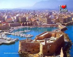 Heraklion Crete Island is the largest city and capital of Crete. It is also the fourth largest city in Greece. Santorini, Crete Beaches, Places To Travel, Places To See, Wonderful Places, Beautiful Places, Patras, Crete Island, Voyage Europe