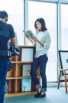 UNIQLO S/S 2015 Campaign Feat. Jeon Ji Hyun & Hyun Bin   Couch Kimchi