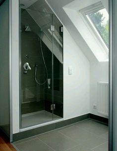 planung dusche bei dachschr ge bad pinterest dachschr ge badezimmer und b der. Black Bedroom Furniture Sets. Home Design Ideas