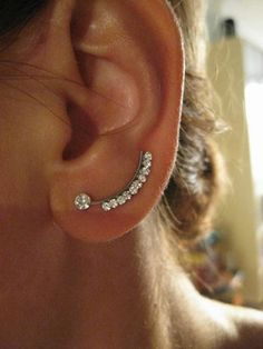Ear  Sweep Wrap - Cuff  Earring  with Swarovsky Nr.3