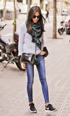 justthedesign:Street Style: Sandra Buisan is wearing a blue and green oversized scarf from 080 Chic  http://afashionlines.tumblr.com/