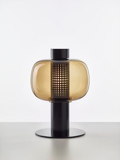 BONBORI | Outdoor table lamp Bonbori Collection By BROKIS design Fumie Shibata Outdoor Table Lamps, Lampe Decoration, Glass Molds, Led Desk Lamp, Tiffany Lamps, Antique Lamps, Leaded Glass, Lamp Design, Design Design