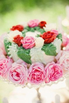 Flower cake#Wedding cake with fresh #flowers.  Order your fresh #bouquet here:  http://www.bloomsybox.com/