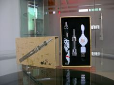 www.mjtecig.com/... MJTech OLA X is an attractive ecigarette Kit. Big battery capacity, adjustable voltage form 3.3V to 5.5V, two charger ways. Also a nice 1.5 ohm dual coil Tank with variable airflow. MJTech OLA X owns charisma, not only well designed but also with good quality and reasonable price.