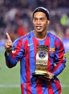 41c667c3f1e jizuluvs sports  Football legend Ronaldinho officially retires from  international football  his career in brief