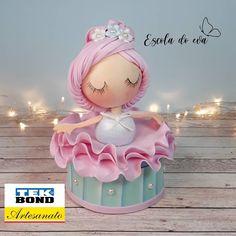 Cardboard Crafts, Foam Crafts, Pasta Flexible, Ballerina, Junho, Vivo, Christmas Ornaments, Holiday Decor, Party