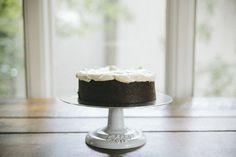 dark chocolate guinness cake via bleubird