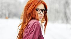 Blurred Background Ebba Zingmark Faces Girls With Glasses Red Hair Redheads Snow Winter Women Outdoors - WallDevil Girls With Red Hair, Girls With Glasses, Fake Glasses, Redhead Teen, Beautiful Redhead, Beautiful People, Ginger Hair, Redheads, Girl Hairstyles