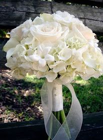 Bernardo's Flowers Inc.: All White Wedding Bouquet