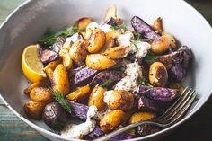 Femina.hu - Énidő. Veled. Tzatziki, Pot Roast, Tandoori Chicken, Bacon, Ethnic Recipes, Food, Red Peppers, Carne Asada, Roast Beef