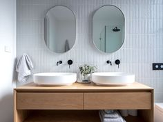 Check out modern bathroom trends by The Architecture Designs. Trending Bathroom Ideas For Browse all modern bathroom tiles, color, flooring ideas here. Bathroom Feature Wall, Bathroom Sets, Small Bathroom, Feature Walls, Bathroom Mirrors, Bathroom Cabinets, Bathroom Storage, Master Bathroom, Bathroom Trends
