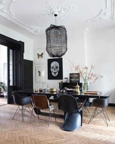 Top Amazing Modern Gothic Interior Design Ideas and Decor Picture 9 .Read More.Top Amazing Modern Gothic Interior Design Ideas and Decor Picture 9 .Read More. Luxury Dining Room, Dining Room Lighting, Dining Room Design, Office Lighting, Accent Lighting, Dining Rooms, Dining Chairs, Wire Lighting, Eames Chairs