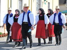 Hello all, Today I will do a short partial overview of the peoples and costumes of Transylvania. Much silliness has been written. Young Frankenstein, Folk Clothing, Folk Dance, Folk Costume, Historical Costume, Eastern Europe, Traditional Outfits, Beautiful People, Romania