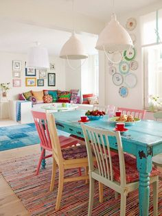 colorful dining room decorating