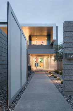 Contemporary Birds Nest Residence in Scottsdale, Arizona by Kendle Design Collaborative