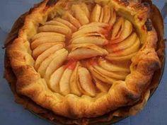 Tarte aux pommes sur son lit d'automne