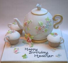 Resultado de imagem para ideas of tea pot cake tutorial 70th Birthday Cake, Tea Party Birthday, Afternoon Tea Birthday Cake, Fondant Cakes, Cupcake Cakes, Teapot Cake, Tea Party Theme, Tea Cakes, Tea Party Cakes