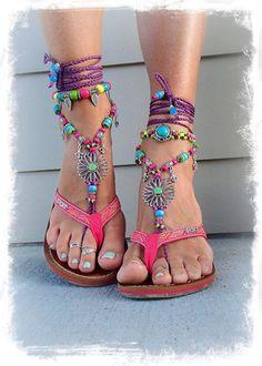 Barefoot Jewelry sandals Bohemian Barefoot Sandals http://www.justtrendygirls.com/bohemian-barefoot-sandals/